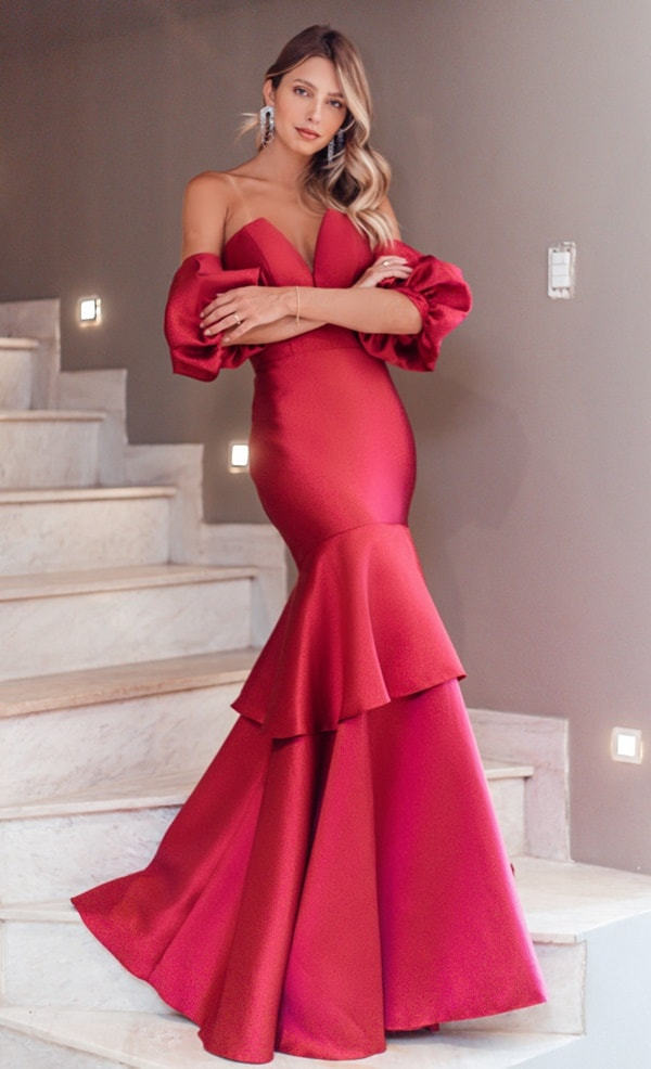 red mermaid model party dress with puffed sleeves