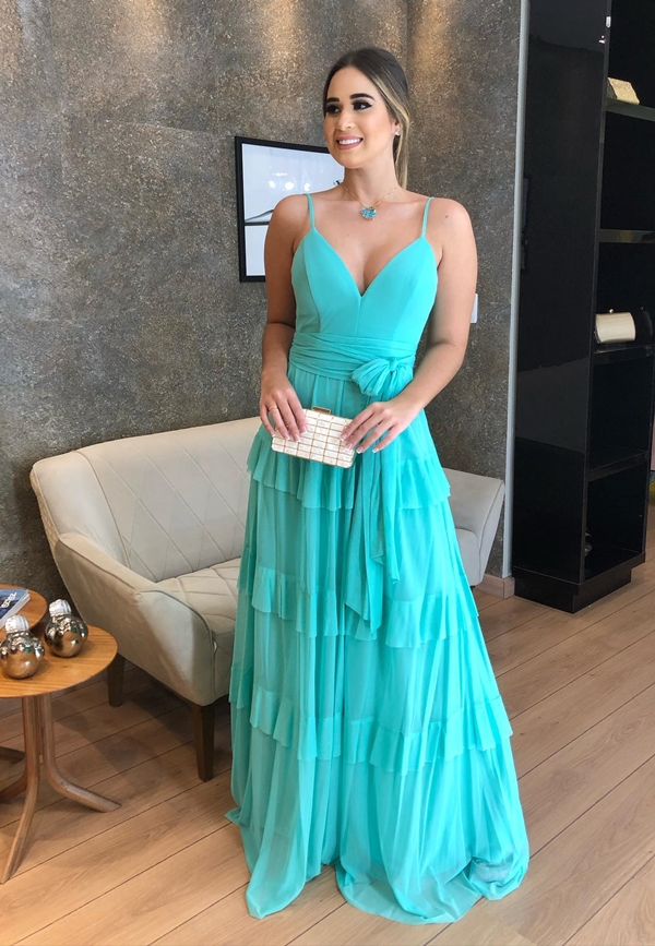 long tiffany dress for bridesmaid during the day
