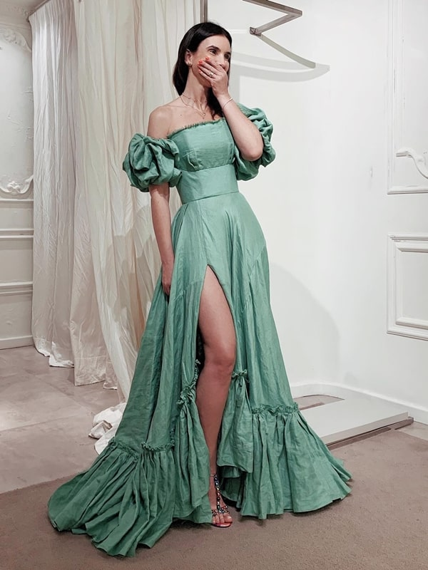 green floha party dress with puffed sleeve and slit