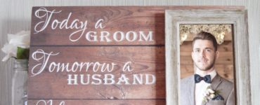 Do the groom's parents give a wedding gift?