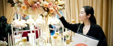 Do wedding planners pay for anything?