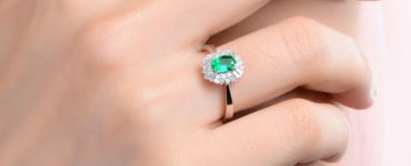 How much is a 1 carat emerald worth?