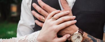 5 jewelry ideas for the grooms look on D day